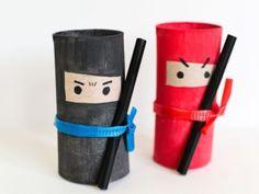 Knutselen met wc rollen - 15 leuke ideeën die je kunt maken van toiletrol. Ninja, Preschool Crafts, Crafts For Kids, Diy Crafts, Act For Kids, Cardboard Tubes, Spring Crafts, Kids And Parenting, Minions