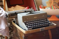 love the tap-tap of typewriters @capemayWEG