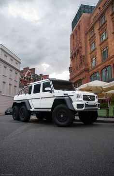 Mercedes G-class 6x6  i want!!! i love four wheel drives, or in this case 6 wheel drive!