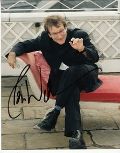 signed photo by Robin Williams