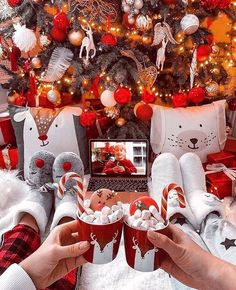 Cosy Christmas, Christmas Feeling, Christmas Room, Christmas Wonderland, Merry Little Christmas, Christmas Themes, Christmas Decorations, Xmas, Christmas Phone Wallpaper