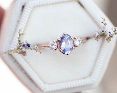 Cute Promise Rings, Cute Rings, Pretty Rings, Beautiful Rings, Three Stone Engagement Rings, Beautiful Engagement Rings, Three Stone Rings, Vintage Engagement Rings, Unconventional Engagement Rings