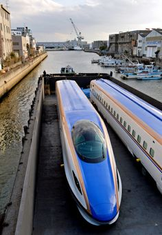 Trains for Hokuriku Shinkansen produced by Kawasaki Hyogo Factory, ready for shipment, Kobe, Japan E7系北陸新幹線