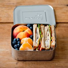 LunchBots Deep Duo Stainless Steel Divided Food Container The dynamic LunchBots Deep Duo container packs your healthy meals to go in stainless steel. Removable divider gives you more meal options. Lunch Meal Prep, Healthy Meal Prep, Healthy Snacks, Healthy Eating, Healthy Recipes, Vegan Lunch Recipes, Healthy School Lunches, Vegan Lunches, Breakfast Healthy