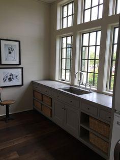 Gracious Houston Home via La Dolce Vita | Kevin Spearman | McAlpine Tankersley | Laundry Room