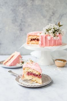 A simple, light moist sponge cake with a subtle coconut flavour, filled with sweet raspberry jam and covered in raspberry frosting. By Emma Duckworth Bakes Sweet Desserts, Sweet Recipes, Dessert Recipes, Fruit Recipes, Coconut Sponge Cake, Strawberry Sponge Cake, Coconut Cakes, Lemon Cakes, Bounty Chocolate