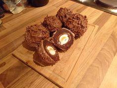 Chocolate Scotch Egg - Cadbury Crème Egg covered in chocolate cake, icing & sprinkles!!