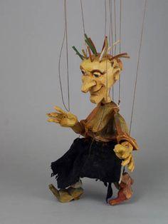 """Marionette """"Babka Herbalist"""" by Michaela Bartonova (Design)  Antonin Muller (Carve)"""