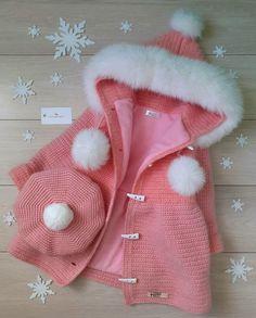 Crochet Coat, Crochet Bebe, Baby Girl Crochet, Crochet Clothes, Baby Boy Cardigan, Knit Cardigan, Knitting For Kids, Hand Knitting, Pattern