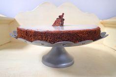 Cviklový koláč bez múky je zdravšou alternatívou maškrtenia. Prekvapí vás svojou šťavnatosťou, vláčnosťou a príjemnou sladkosťou.