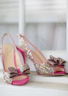 Glittering pink bow heels