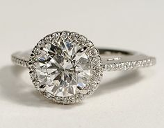 Want to make this my new ring setting, just a matter of time :)