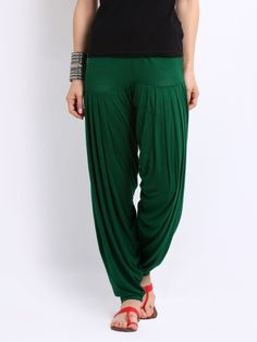 Patiala Pants Silver view more great looking women's patiala pants Patiala Pants, Punjabi Salwar Suits, Patiala Salwar, Indian Fashion, Womens Fashion, Blouse Designs, Harem Pants, Female, Sexy