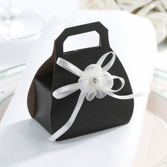 DIY bows for stationery and favours