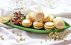 Maslové vianočné koláčiky Christmas Sweets, Christmas Goodies, Christmas Baking, Czech Recipes, Russian Recipes, Hungarian Cake, Non Plus Ultra, Xmas Cookies, Polish Recipes