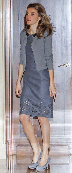 princesa Letizia... en gris