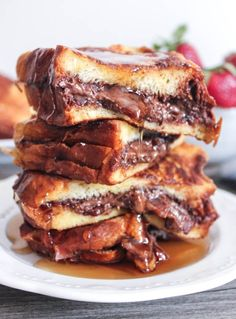 nutella-and-bacon-stuffed-french-toast-7