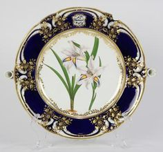 Robert Chamberlain soft-paste porcelain warming dish, circa 1820, Worcester, having a partial gilt and cobalt border, surrounding a ... - Price Estimate: $300 - $500