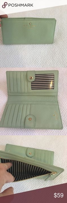 💕Kate Spade Wallet!! Quick sale!!!🙌🙌🙌🙌🙌🙌🙌 Mint green with gold tone hardware and letters. Lots of room for cc cards , cash and coins. Photo I'd slot also. In excellent condition. Tonight's sale price!!! 😃😃😃💕 kate spade Bags Wallets