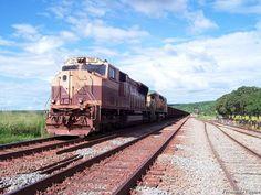 * Estrada de Ferro Carajás * Brasil. Trem de Minérios.