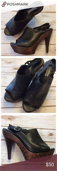"Steve Madden platform heels Super sexy Steve Madden peep toe heels in über soft black leather upper and wooden platform heel. 5"" heel worn 1.5"" platform, manageable 3.5"" rise. Excellent condition, true to size 10. Steve Madden Shoes Platforms"
