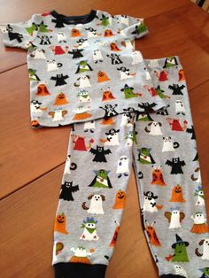 "Craftsy member @LaurieB made these adorable homemade Halloween pajamas. Think the kiddos in your life would love a similar pair? Go to Craftsy now to view this project and hit ""Save Project"" to store it for future inspiration!"