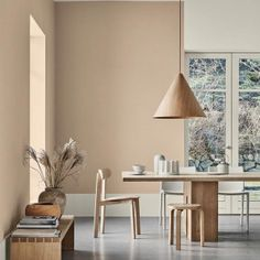 Strategies for The Best Minimalist Dining Room Decor Ideas That You Can Use Starting Today - kindledesignhome Interior Design Inspiration, Decor Interior Design, Interior Decorating, Design Interiors, Decorating Games, Scandinavian Interior Design, Scandinavian Home, Deco Design, Küchen Design