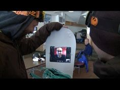 Say hello to the iShred, snowboarders' tribute to Steve Jobs (video)
