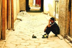 https://flic.kr/p/ciGeD | Happy Easter | I attended this nice and unexpected scene in the old city of Kashgar. Apparently, this child had very strong feelings for his tiny bunny. (China, Xinjiang, Kashgar, May 2005)