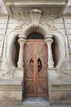 Beautiful door by adela
