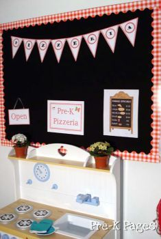 dramatic play pizza center printables and other thematic ideas for a house/kitchen area