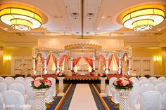 Floral & Decor http://maharaniweddings.com/gallery/photo/28155