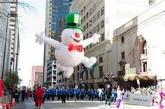 Macys Christmas parade- Im there next year! Christmas Day Parade, Macys Thanksgiving Parade, Christmas Time Is Here, Christmas Past, Christmas Images, November Thanksgiving, Christmas Things, Clowns Band, Children's Medical Center