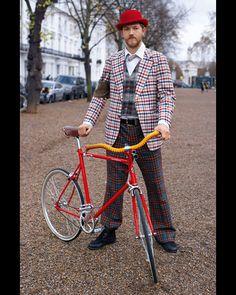 Adam com sua Tokyobike Classic Foto: Horst A. Friedrichs