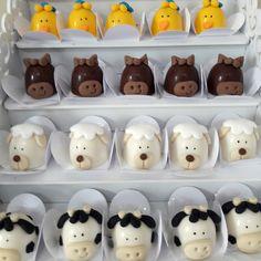 Animal Cupcakes, Farm Party, Baking, Bento, Chocolates, Sweet, Safari, Birthday Candy, Sweet Like Candy