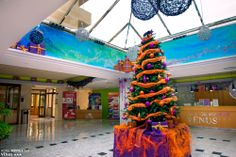 Árbol de #Navidad en el Hotel Servigroup Venus / The Christmas Tree at the Hotel Servigroup Venus.