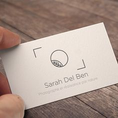 Création du logo pour la photographe Sarah Del Ben photographe et réalisatrice… Tap the link now to find the hottest products to take better pho Logo Foto, Photo Logo, Business Card Logo, Business Card Design, Logo Inspiration, Logo Personnel, Web Design, Logo Branding, Branding Design