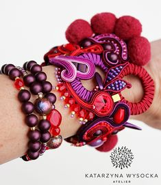 One of a kind jewelry! Soutache cuff bracelet in rich colors combined with stackable beaded bracelets. All available in Atelier Magia's Etsy store. Rich Colors, Etsy Store, Trending Outfits, Unique Jewelry, Handmade Gifts, Etsy Seller, Beaded Bracelets, Earrings, Vintage