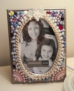 Picture Frame Handcrafted Pearls Swarowsky Bling Photo Frame Oval room for picture