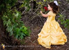 Sew this gorgeous yellow gown costume for Belle using the patterns here. Get inspired by this toddler Disney Halloween costume to try your own DIY costume. Beauty And The Beast Diy, Beauty And The Beast Costume, Homemade Costumes, Diy Costumes, Costume Ideas, Disney Halloween Costumes, Belle Halloween, Halloween College, Halloween Couples