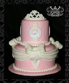 """""""The Pink Princess"""" Cake ~ all edible and cute!"""