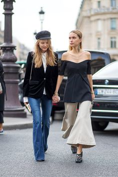 How to match outfits with your best friends, the chic way: