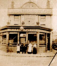 The modern pub was opened in 1903 so the Junction Hotel (seen here) was probably built early in the latter half of the nineteenth century. Picture from Harborne Through Time. Old Pictures, Old Photos, Birmingham Pubs, Pub Signs, Local History, Back In The Day, Best Hotels, Past, Places To Visit