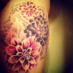 Floral colour. No outline tat