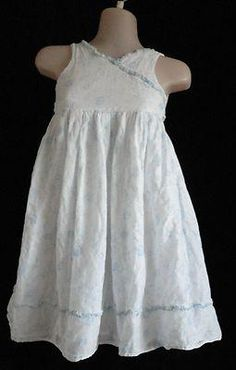 Size 6  Girls ~ *Marmellata - White Dress w/Light Blue Flowers/Lined