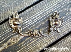 Vintage Victorian furniture pulls, KBC drop bail pulls in solid antiqued brass constructed crafted by Keeler Brass Co. in the USA. Reclaimed condition, these fabulous antiqued brass dresser drawer pulls are exquisitely detailed, timeless style &am...