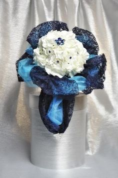 Bouquet-per-sposa-Ortensia-bianco-gioiello-blu-10-fiori-swarovshi