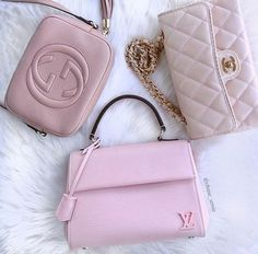 chanel nude bags- How to style your Chanel bags http://www.justtrendygirls.com/how-to-style-your-chanel-bags/