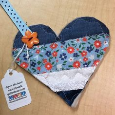I found this cute heart in a plant outside an elevator at California State University, Sacramento. Had no idea this was a thing. Very cool guys. Definitely started my day out with a smile. #ifaqh #ifoundaquiltedheart