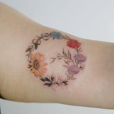 : Birth-Flowers of Family . #tattoo #tattoos #tattooing #art #tattooistdoy #inkedwall #design #drawing #타투 #타투이스트도이 #SwashDrive #SwashBrush #dynamic #intenz #silverback #BellLiner #BellNeedle #TattooSupplyBell